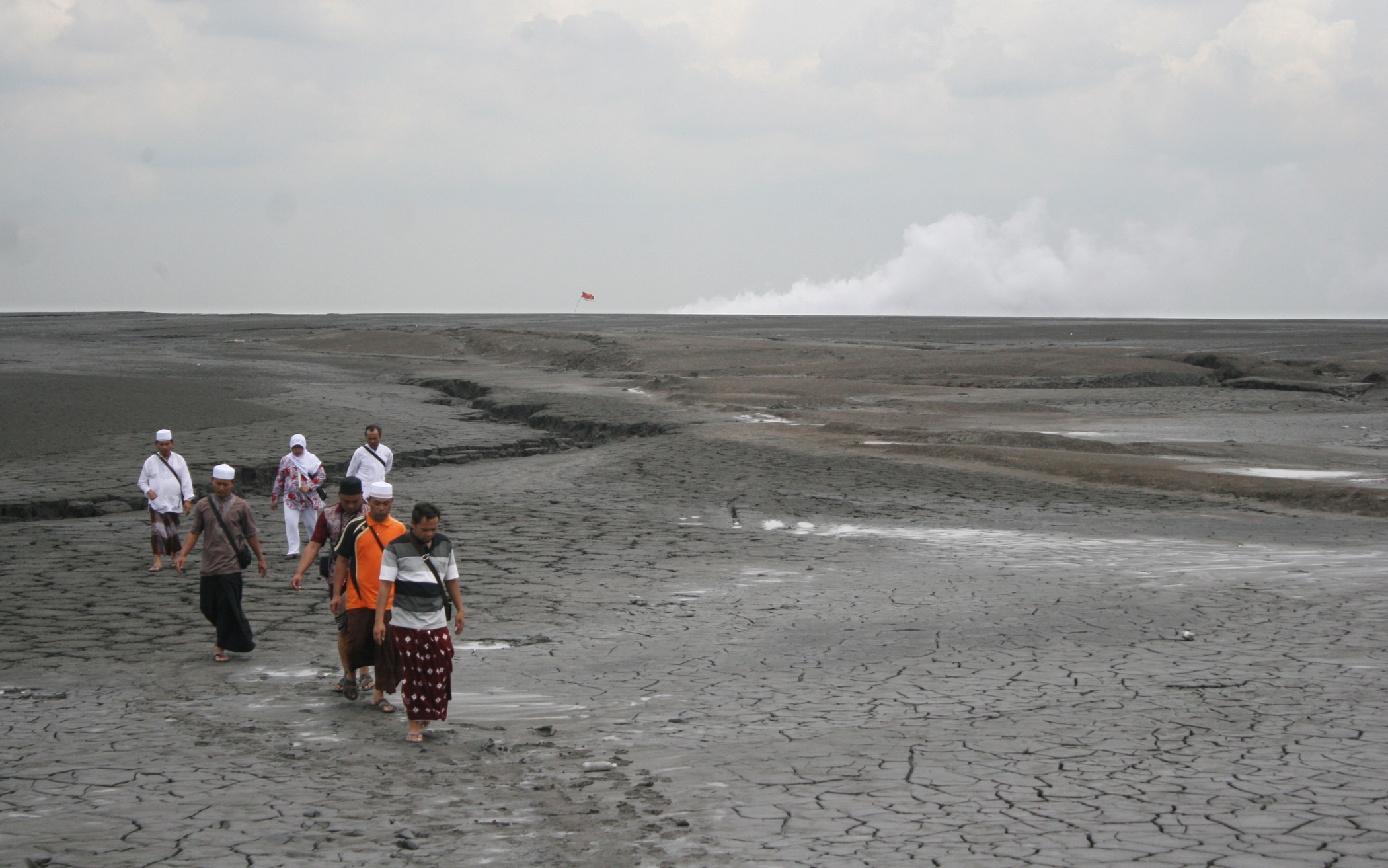 Wisata Lumpur Lapindo Desa Jatirejo Porong Sidoarjo Berita Daerah Sejumlah