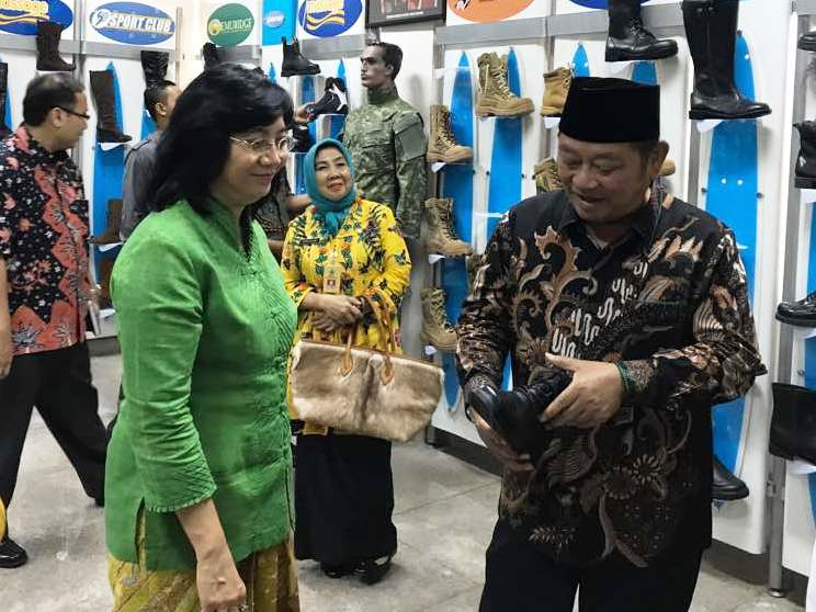 Sentra Ikm Tanggulangin Direvitalisasi Suara Investor Wisata Produksi Tas Kab