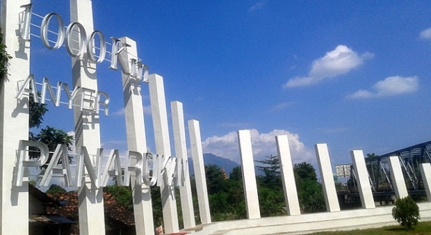 1000 Km Anyer Panarukan Pusat Data Kabupaten Situbondo Kelenteng Poo