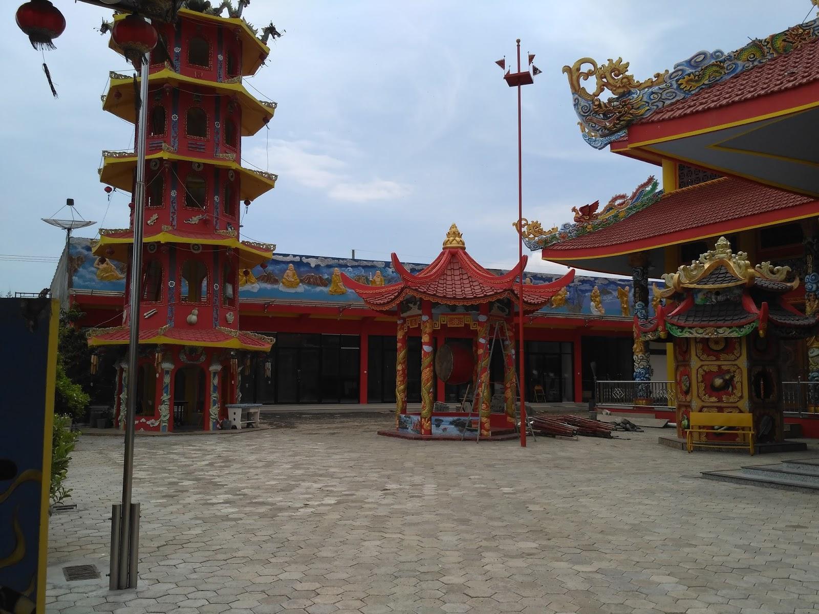 Hoo Tong Bio Banyuwangi Kelenteng 300 Poo Biaw Kab Situbondo