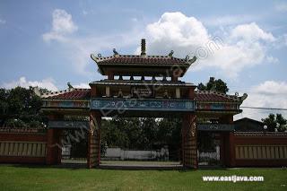 Kelenteng Hong San Kiong Jombang Jawa Timur 300 Poo Tong