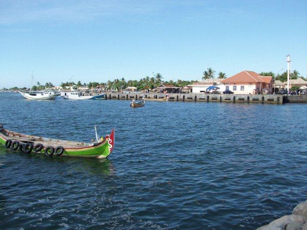 25 Tempat Wisata Terbaik Situbondo Jawa Timur Indah Pantai Keperan