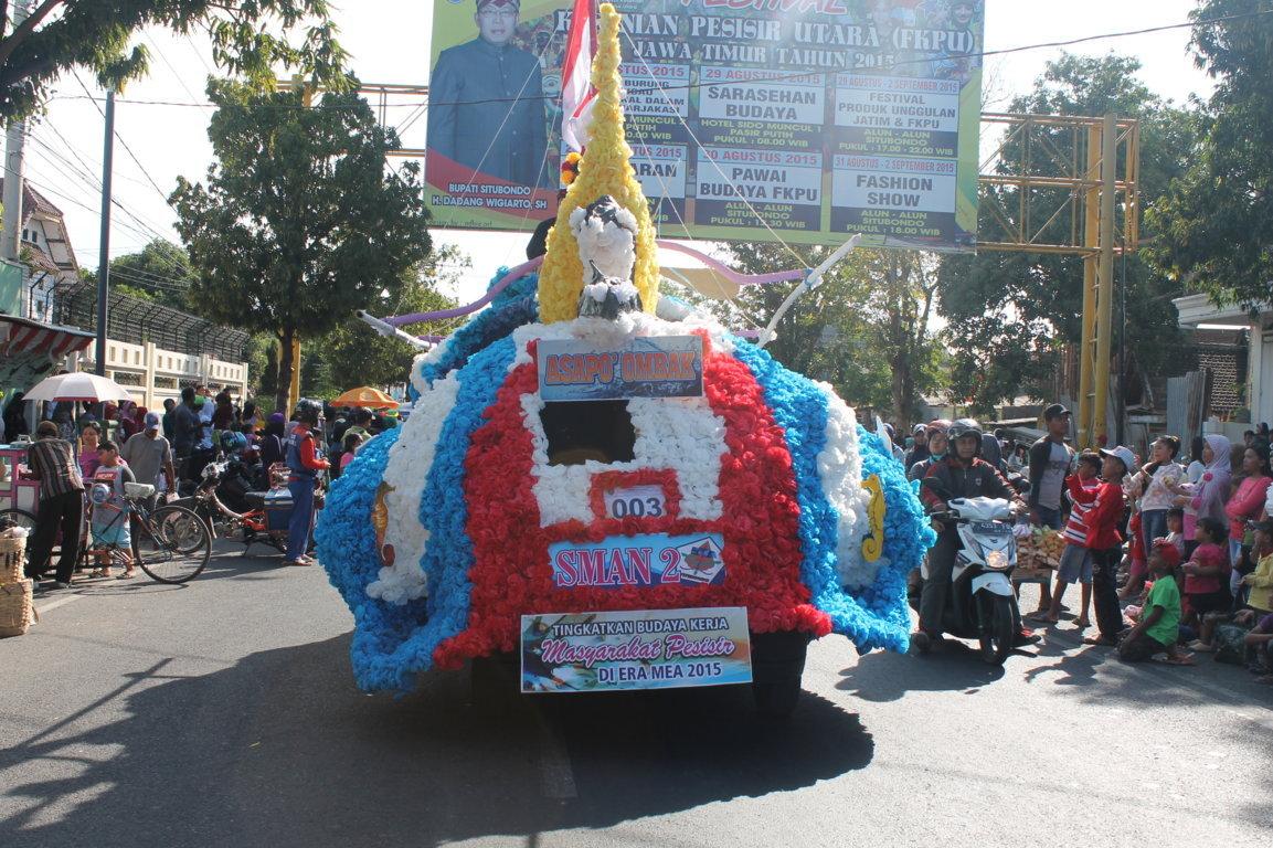 Inspirasi Pelajar Tidak Sedikit Penduduk Kabupaten Situbondo Menonton Carnaval Budaya
