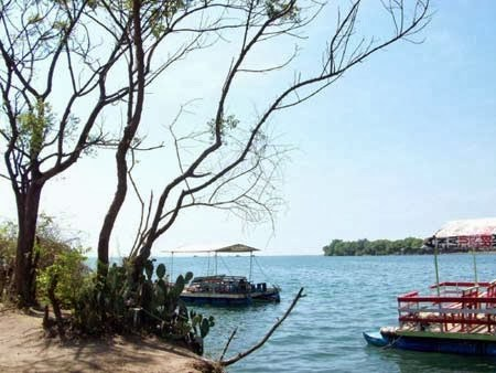 15 Tempat Wisata Situbondo Jawa Timur Terbaik Pantai Pathek Alun