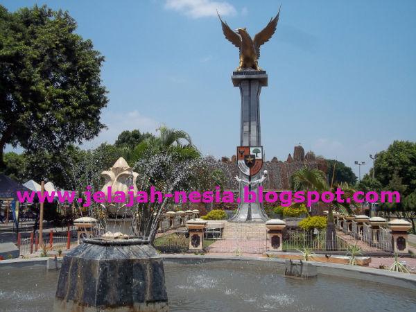 Www Jelajah Nesia Blogspot Indahnya Alun Kota Situbondo Ketika Singgah
