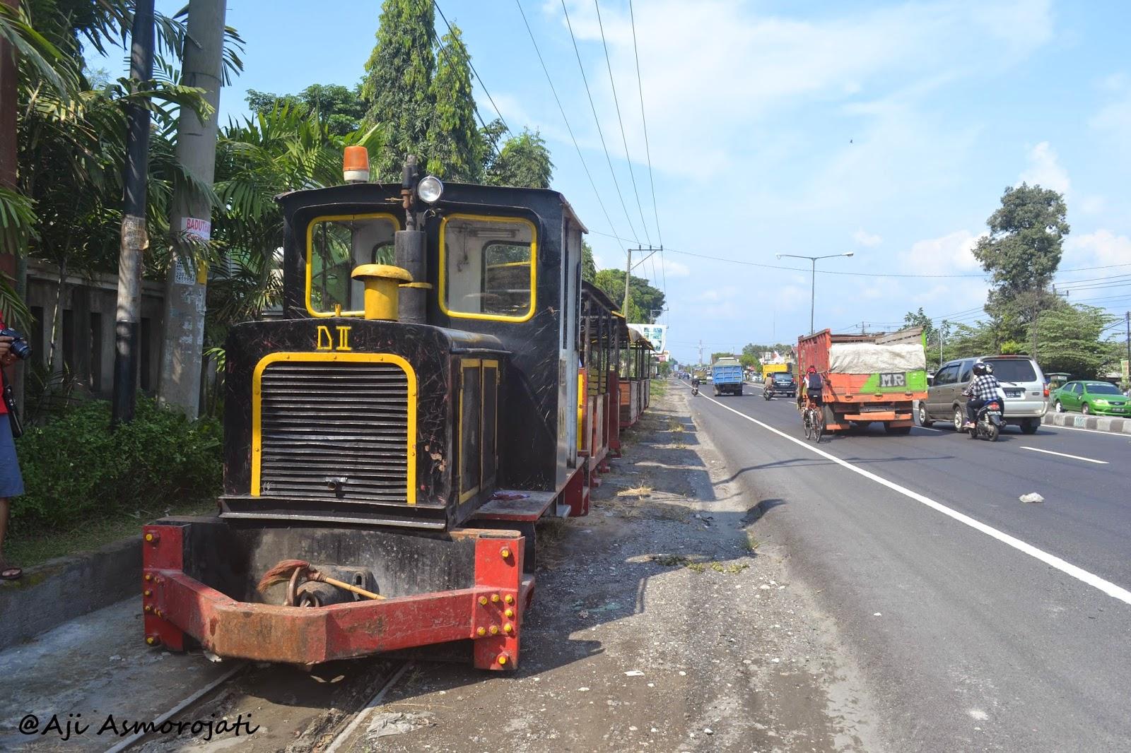 Lori Tebu Kereta Uap Peninggalan Belanda Suasana Pg Gondang Naik