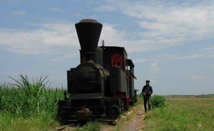 Membangkitkan Kenangan Wisata Kebun Tebu Situbondo Tagar Lokomotif Uap Pabrik