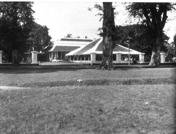 Kabupaten Situbondo Wikiwand Kediaman Bupati Tahuh 1927 1929 Wisata Rumah