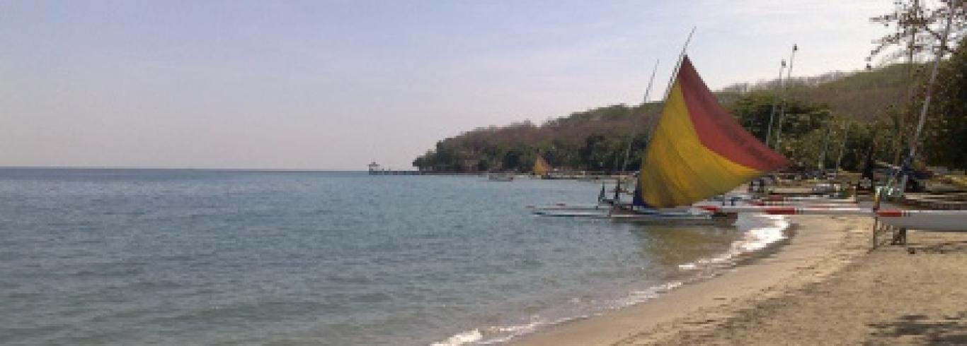 Marine Buddies Taman Wisata Pasir Putih Kabupaten Situbondo Rumah Dalem