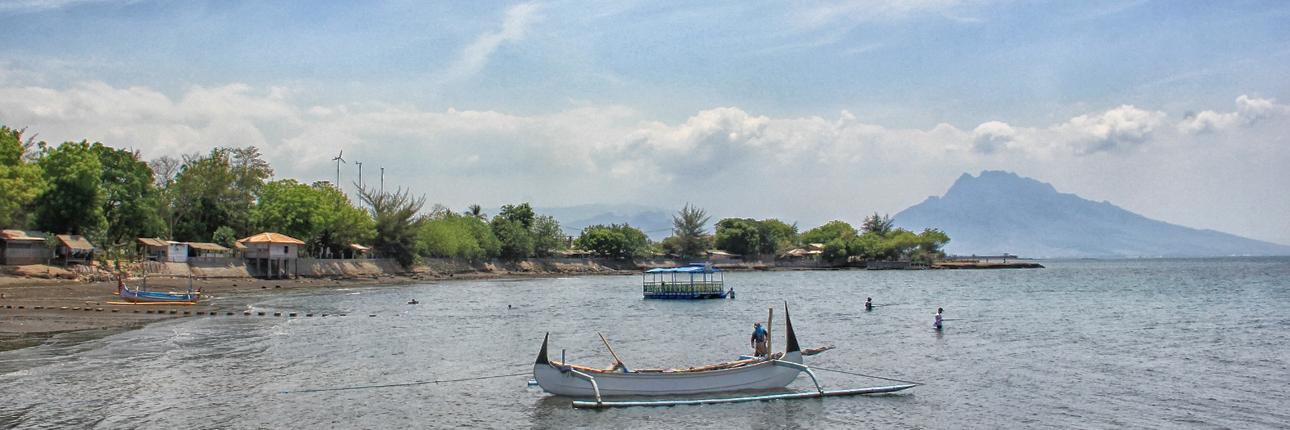 Pantai Pathek Sensasi Wisata Nelayan Indonesiakaya Rumah Dalem Tengah Kab