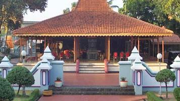 Tanian Lanjang Seluk Beluk Situbondo Rumah Tradisional Kabupaten Secara Fisik