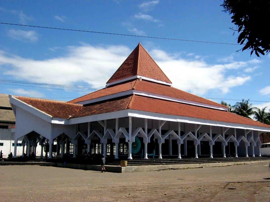 Wisata Pondok Pesantren Wali Songo Situbondo Rumah Dalem Tengah Kab
