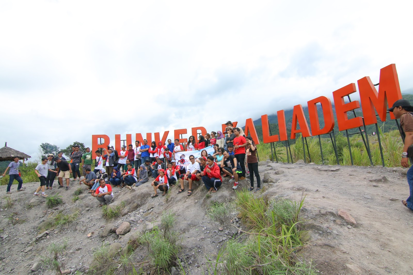 Ennay Journey Bunker Kaliadem Gunung Merapi Lokasi Berada Desa Kepuharjo