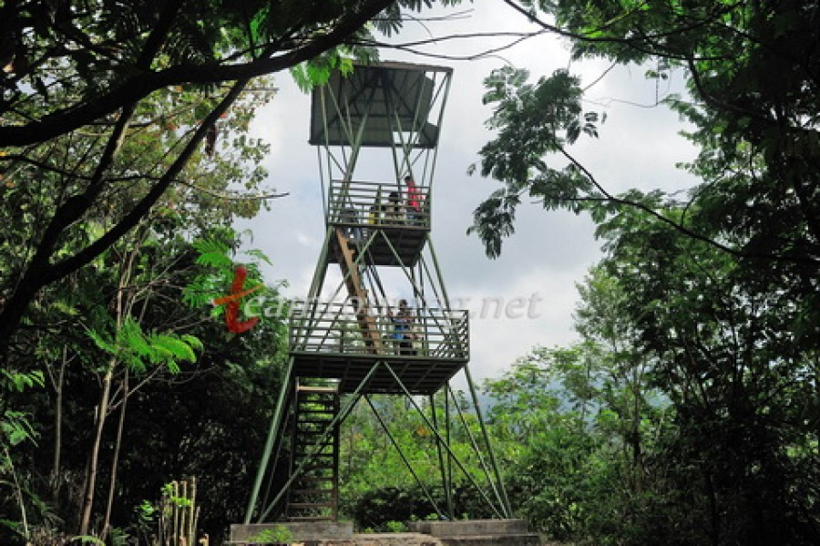 Gunung Merapi Menikmati Sunrise Berapi Aktif Spotunik Bukit Pronojiwo Kaliurang
