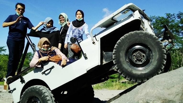 Lava Tour Merapi Jogja Wisata Gunung Bunker Kaliadem Kabupaten Sleman