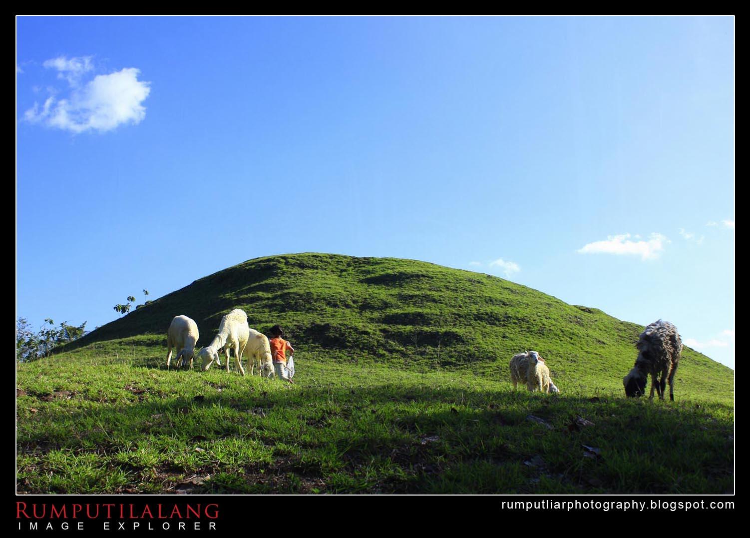 Bukit Teletubies Candi Abang Piramida Pelindung Warga Sastrareksana Keutuhan Tidak