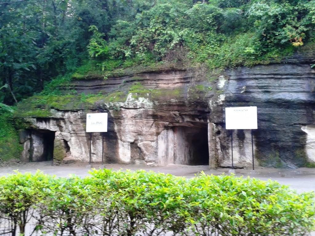 Desa Wisata Candi Abang Keindahan Atas Bukit Goa Jepang Jogotirto