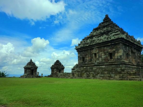 10 Gambar Candi Ijo Jogja Tiket Masuk Lokasi Sejarah Letak