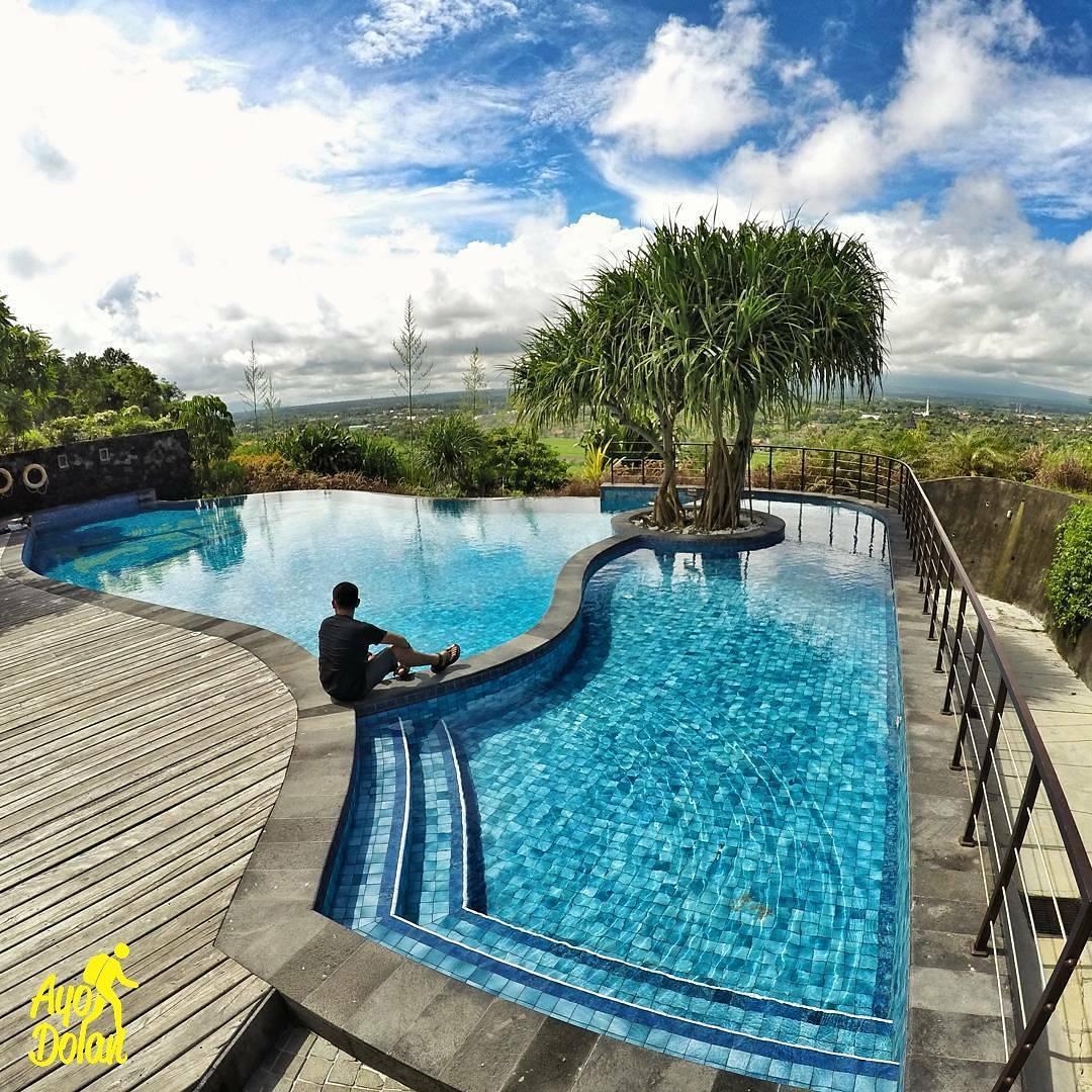 Abhayagiri Resto Terletak Sumberwatu Kec Prambanan Kab Sleman Resorts Candi