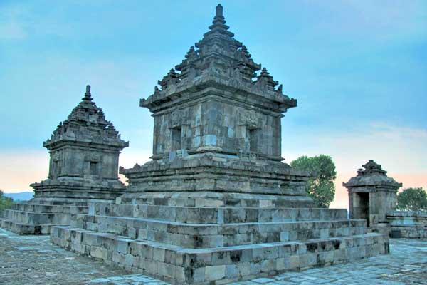 Candi Barong Yogyakarta Yogya Gudegnet Bangunan Menunjukkan Unsur Agama Hindu