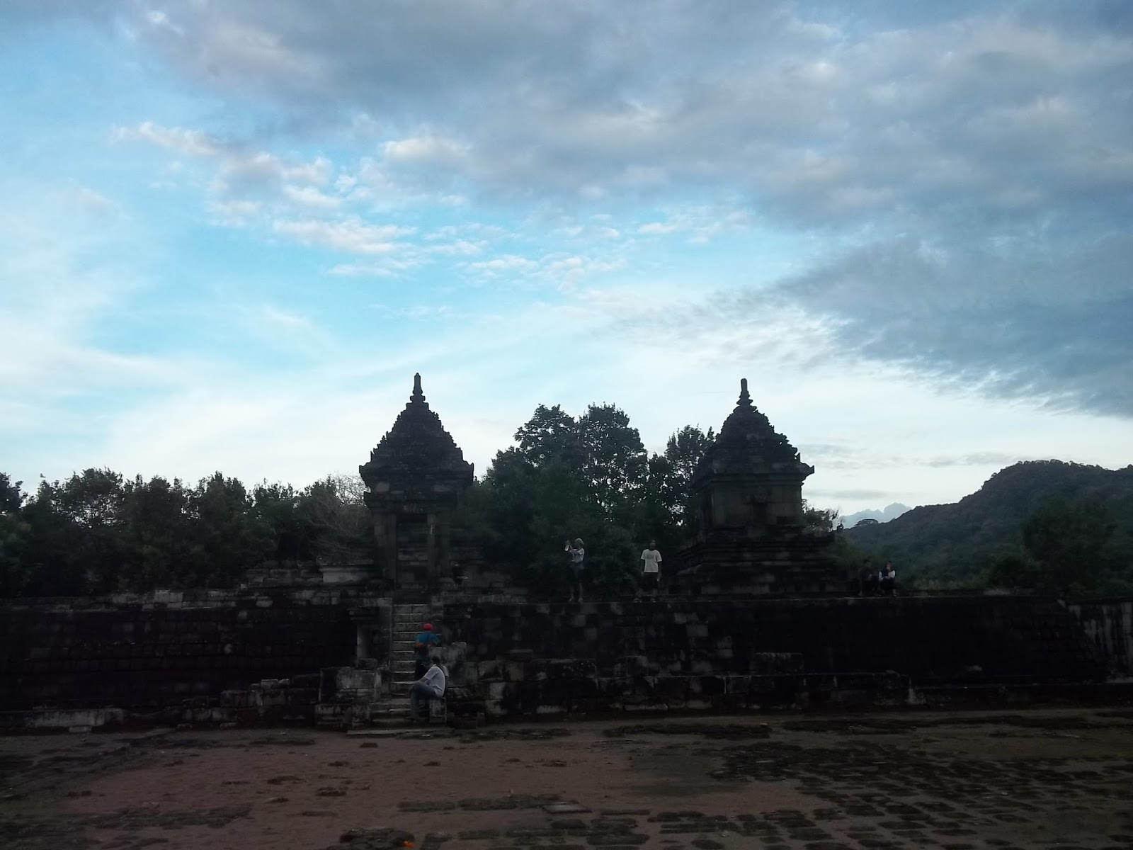 Journey Story Selamat Sore Candi Barong Jalan Masuk Wilayah Yogyakarta