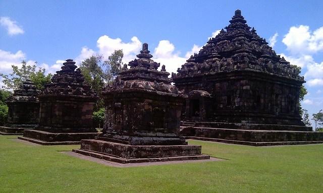 Mitos Sejarah Candi Ijo Berbah Sleman Lokasi Tertinggi Jogja Salah