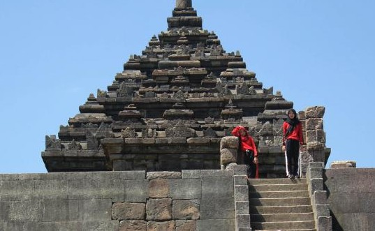 Objek Wisata Budaya Menarik Candi Ijo Prambanan Sleman Yogyakarta Sarankan