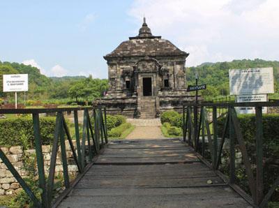 Candi Banyunibo Ijo Wisata Yogyakarta Sejarah Tersembunyi Kab Sleman
