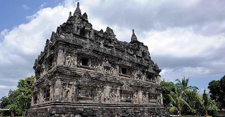 Candi Barong Yogyakarta Sari Ijo Kab Sleman