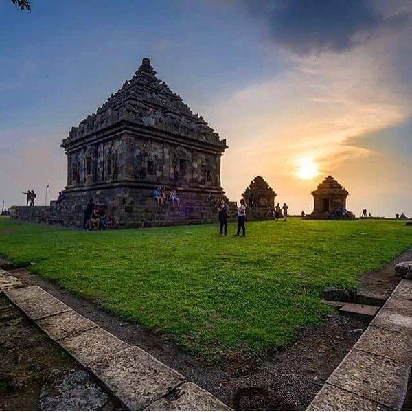 Candi Ijo Budha Yogyakarta Tertinggi Kab Sleman