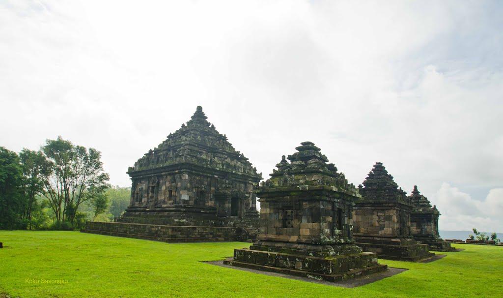 Candi Ijo Situs Sejara Miliki Indonesia Yogyakarta Balai Sebuah Kompleks