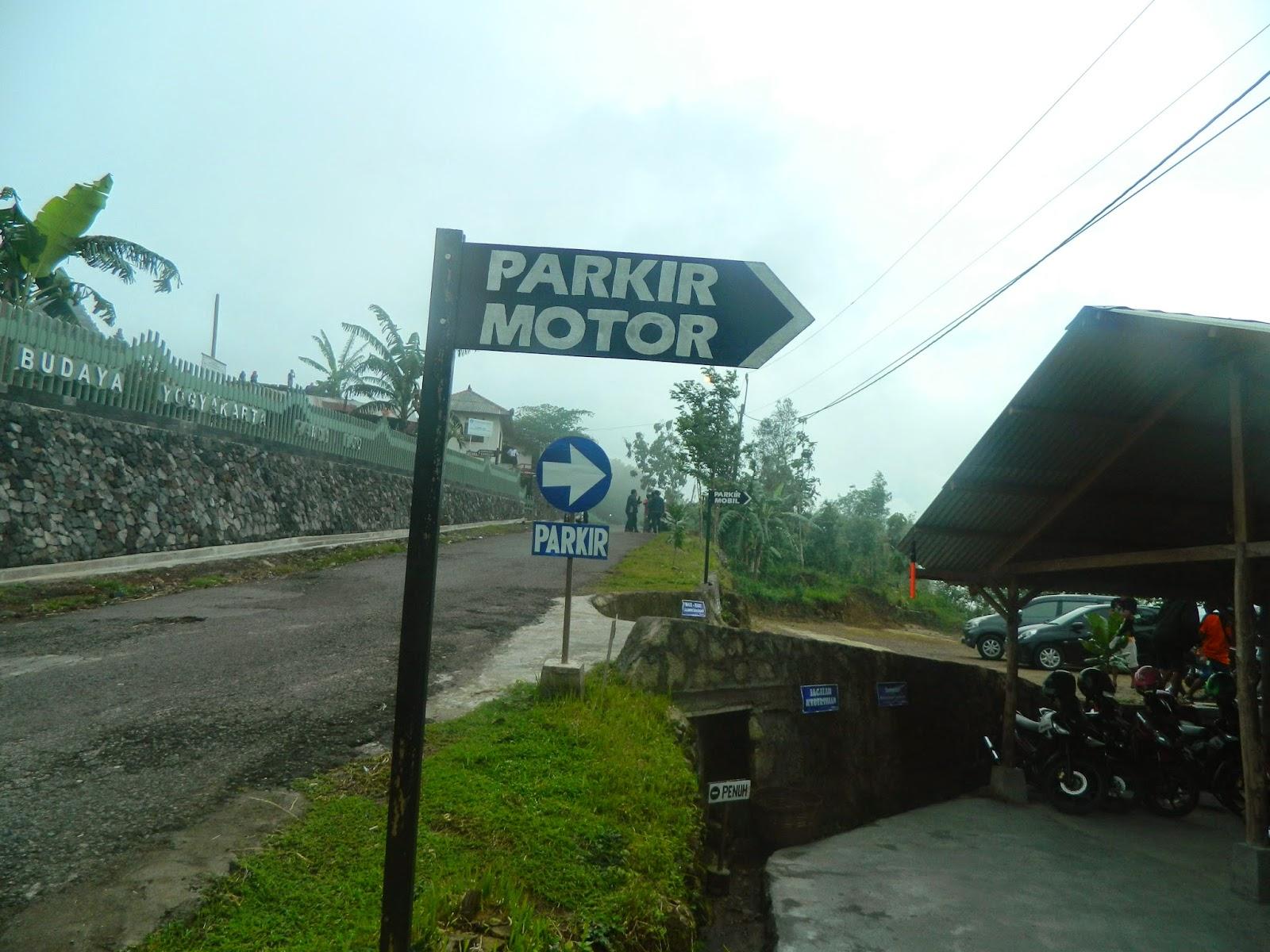 Sangpetualang Candi Ijo Tertinggi Jogja Terletak Desa Groyokan Kelurahan Sambirejo