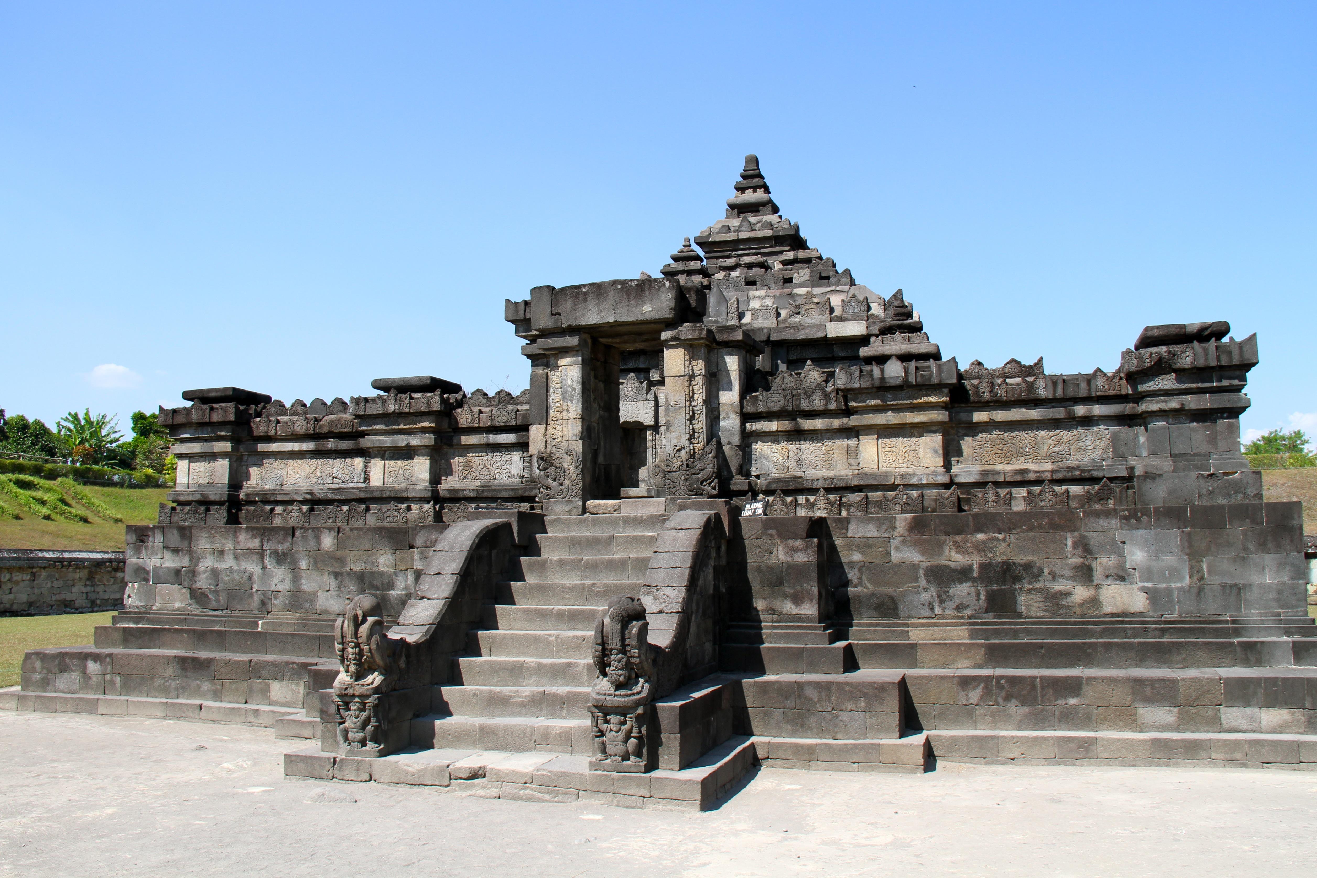File Candi Sambisari Hindu Temple Java Indonesia 2013 Jpg Kab