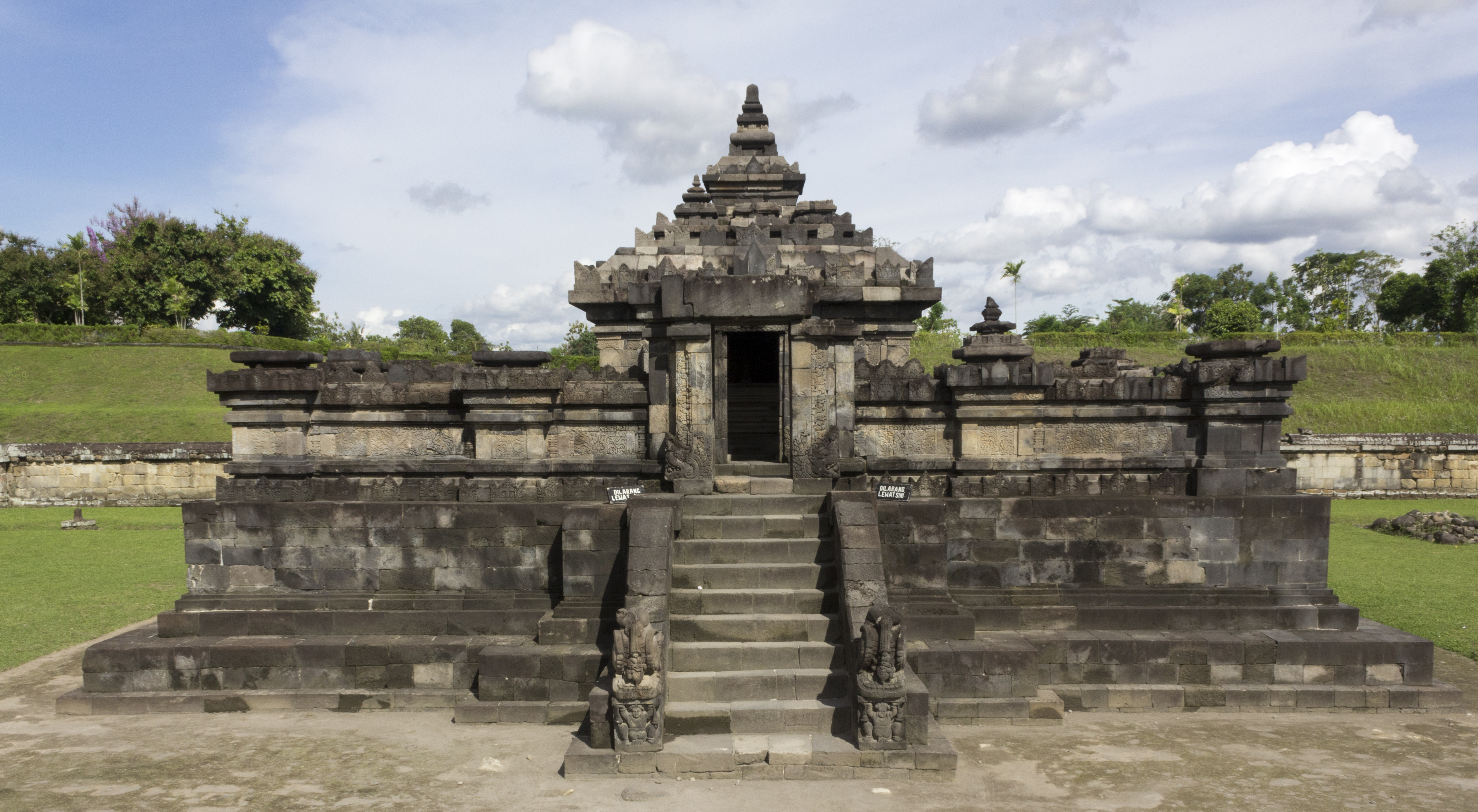 File Candi Sambisari Main Temple 2013 11 28 01 Jpg
