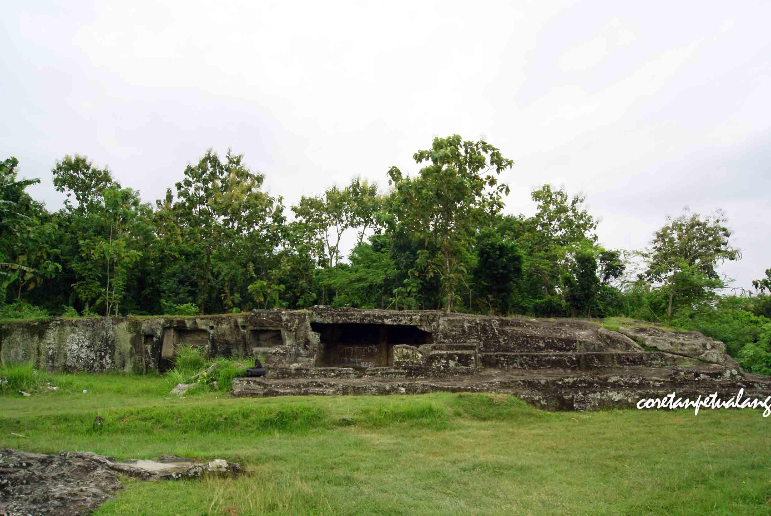 Candi Ratu Boko Istana Megah Atas Bukit Coretanpetualang Blog Gua