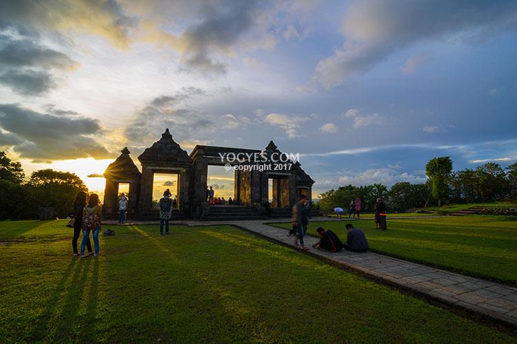 Istana Ratu Boko Kemegahan Bukit Penuh Kedamaian Kab Sleman
