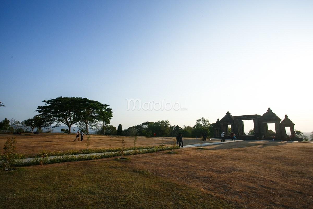 Istana Ratu Boko Menjemput Senja Gerbang Candi Kab Sleman