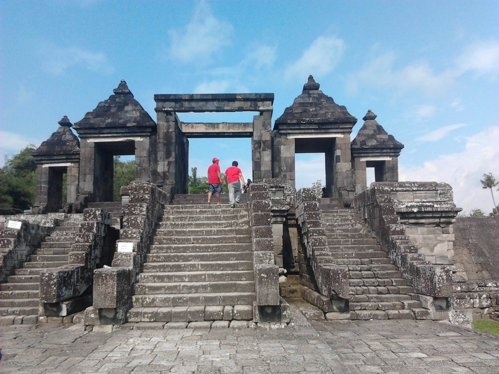 Istana Ratu Boko Satu Satunya Situs Wisata Candi Tiada Duanya