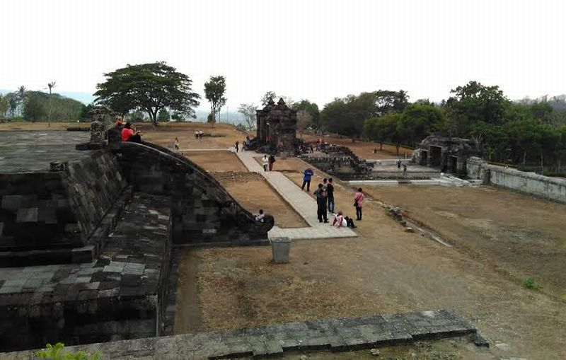Melihat Keindahan Istana Ratu Boko Tanah Yogyakarta Okezone Https Img