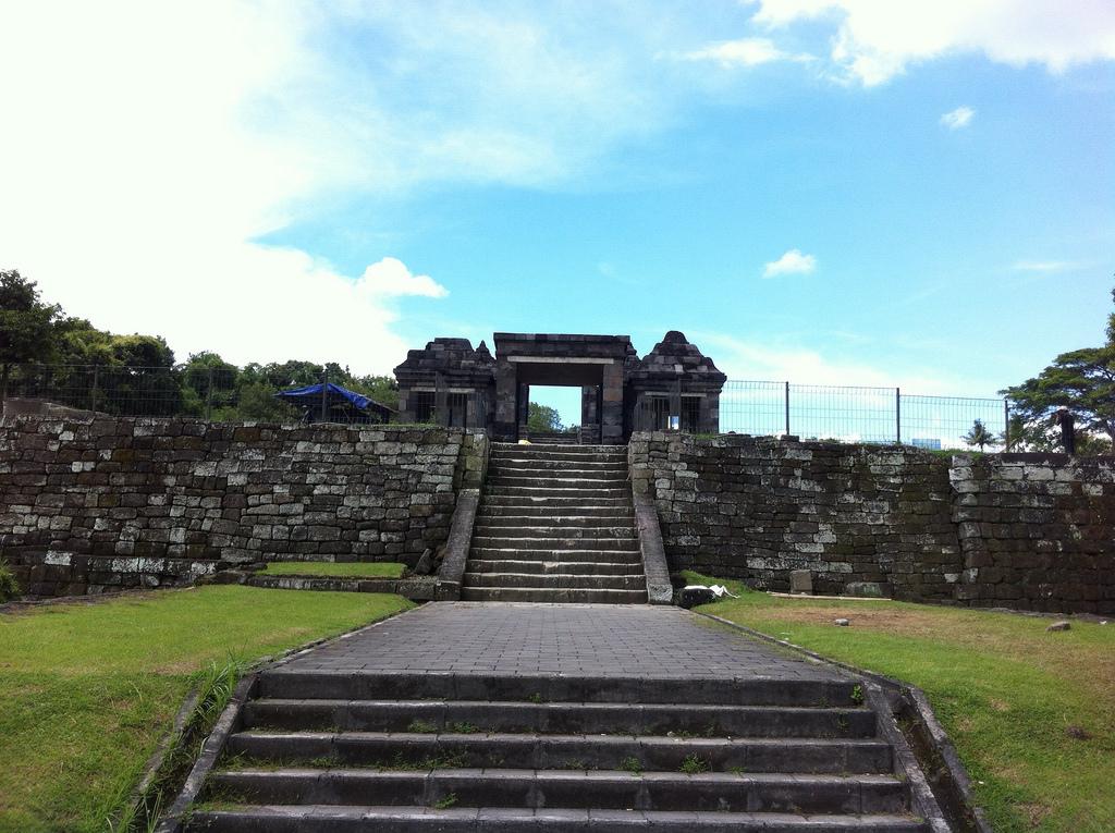 Ratu Boko Temple Yogyakarta Attraction Indonesia Copy Wsaryada Istana Kab