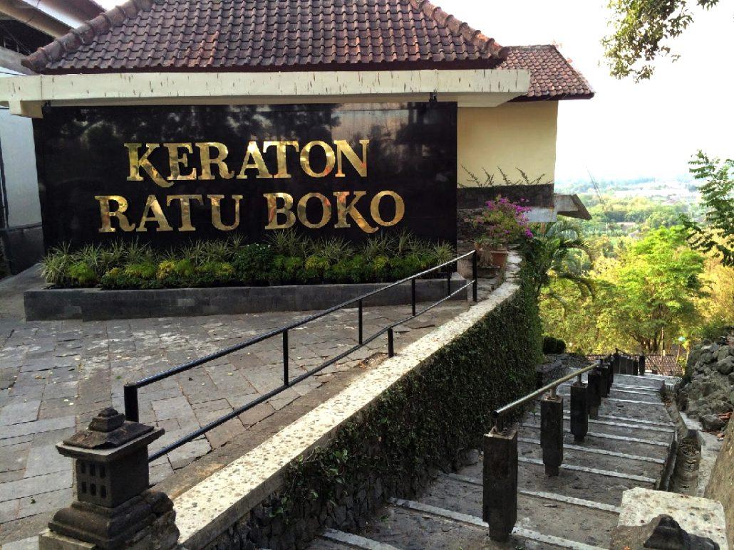 Situs Peninggalan Bersejarah Bernama Candi Ratu Boko Istana Kab Sleman