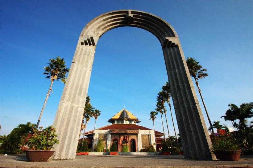 Berwisata Religi Masjid Kampus Ugm Wisata Yogyakarta Maskam Kab Sleman