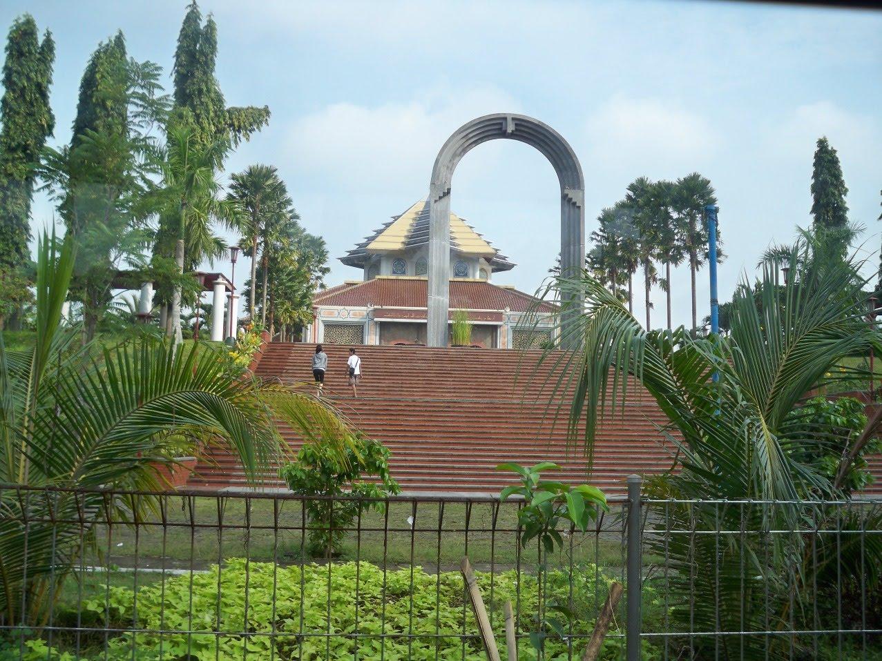 Masjid Kampus Ugm Wisata Yogyakarta Masji Maskam Kab Sleman
