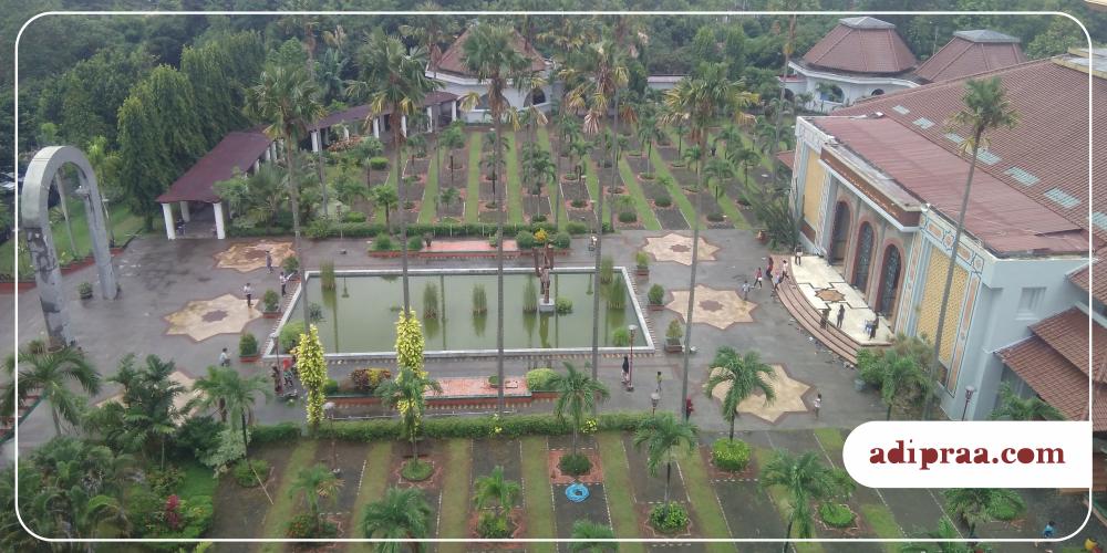 Memandang Jogja Atas Menara Masjid Kampus Ugm Yogyakarta Landscape Maskam