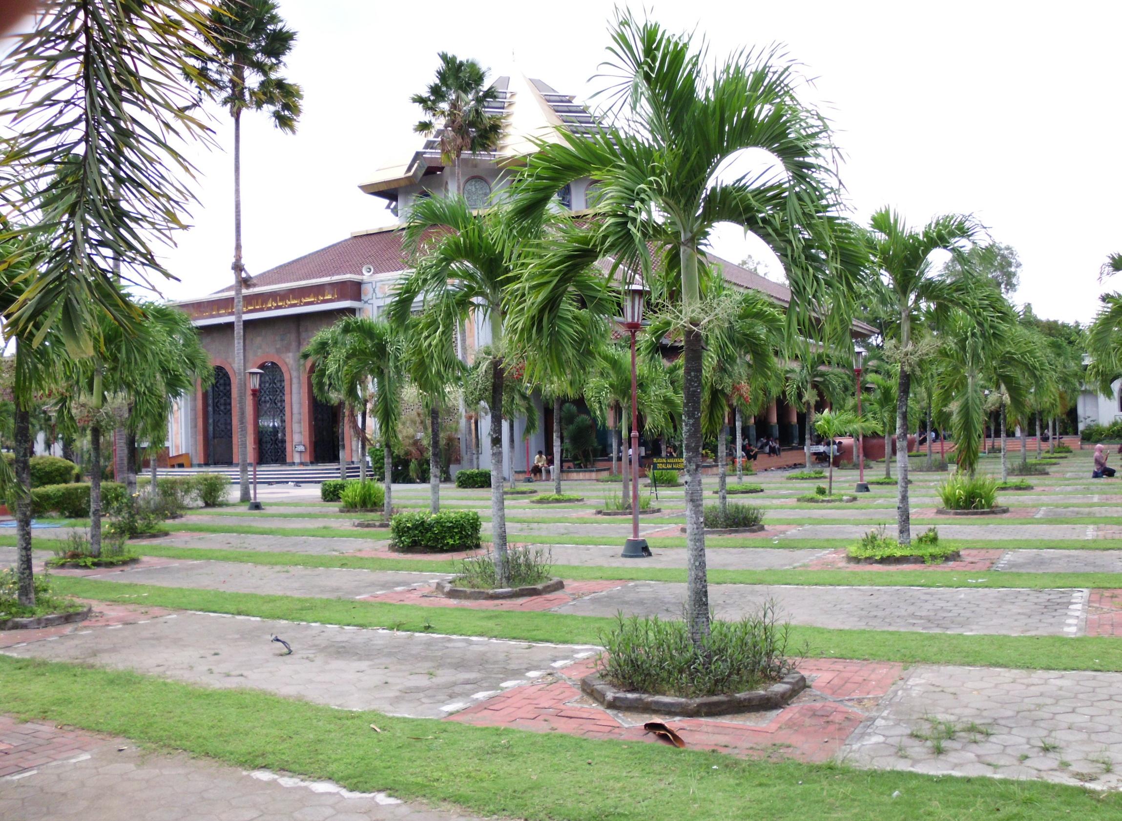 Sekilas Tentang Masjid Kampus Ugm Muslim Yogyakarta Halaman Maskam Kab
