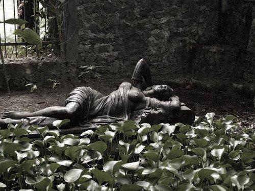 Patung Putri Keraton Museum Ullen Sentalu Bunda Gawul Kab Sleman