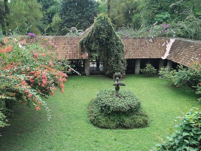 Ullen Sentalu Museum Yogyakarta Telepon 62 274 895161 Kab Sleman
