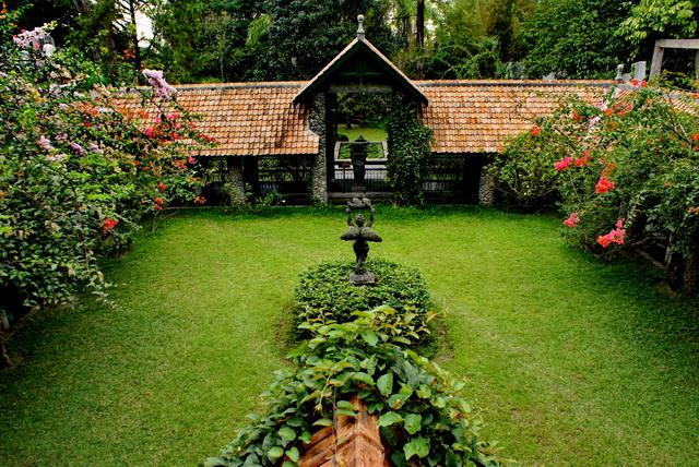Yogyakarta Ullen Sentalu Museum Top Indonesia Holidays Sat Outdoor Vestibule