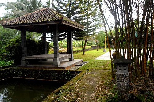 Epic Travelers Exploring Tourist Paradise Rumah Budaya Omah Petruk Kab