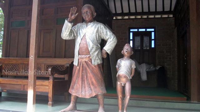Membidik Patung Omah Petruk Sleman Nasirullah Sitam Joglo Penghuninya Rumah